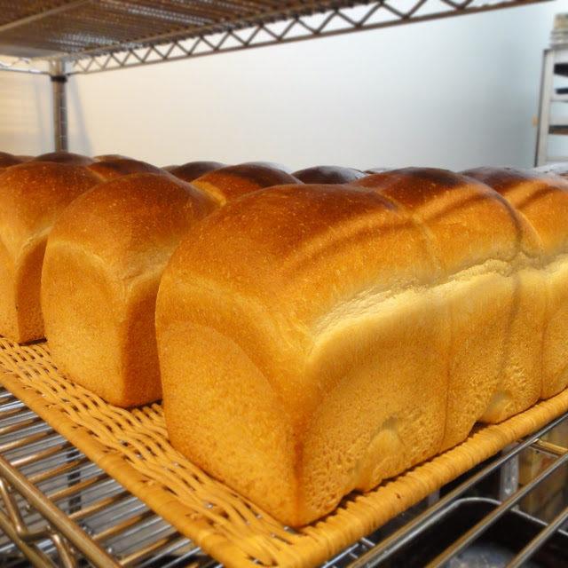 卵・乳製品不使用、植物性材料のみで作ったヴィーガンの食パン