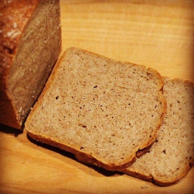 ライ麦50%のパン(プレーン)